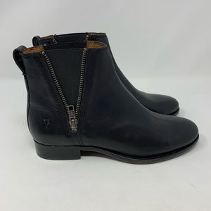 Frye NWOB Black Carly Zip Chelsea Boots, Size 7